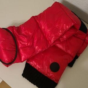DKNY warm scarf New (no tags)
